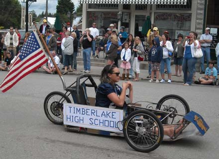 Timberlake High School's electric parade entry, Spirit Lake Big Back In, COOL RIDES CAR SHOW.com